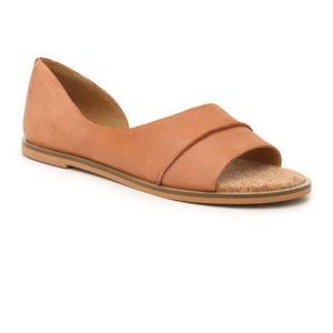 Lucky Brand Tan Leather Slip on flats size 9.5